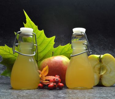 Should we all be drinking apple cider vinegar?