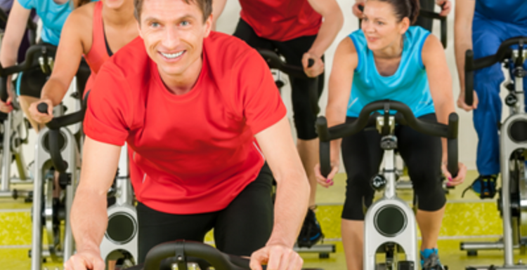 Are there benefits to group exercise?