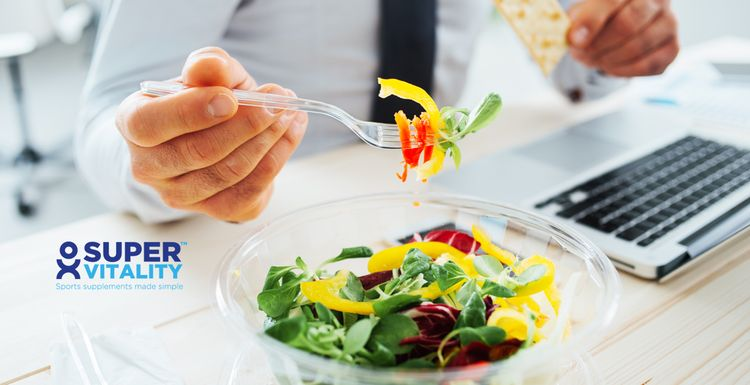Tips for Eating at Your Desk