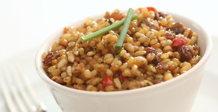 FRUITY WHEATBERRY SALAD WITH PECANS AND SUMMER VEGETABLES