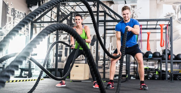 WORKOUT WITH THE BATTLE ROPES