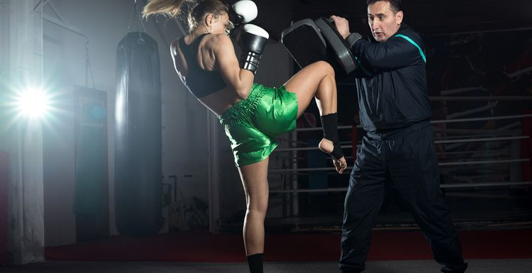 EVERYTHING YOU ALWAYS WANTED TO KNOW ABOUT KICKBOXING BUT WERE AFRAID TO ASK.