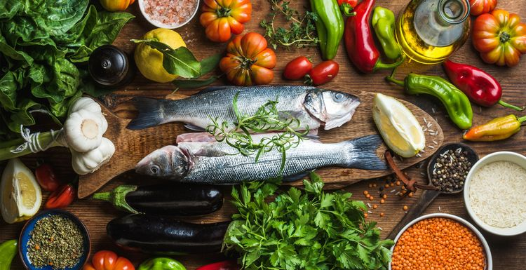 MORE REASONS TO EAT MEDITERRANEAN