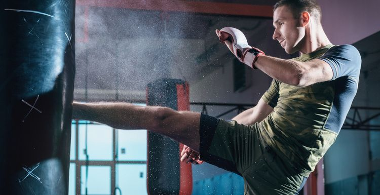 THE LIFE HACK THAT MIGHT MAKE YOU STICK TO YOUR GYM ROUTINE