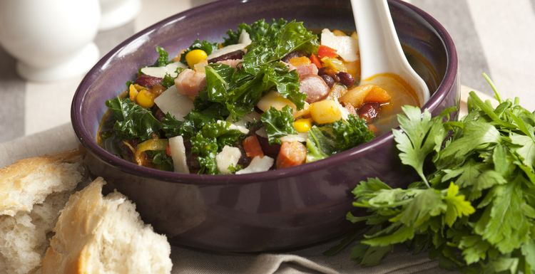KALE, BEAN AND BACON BROTH