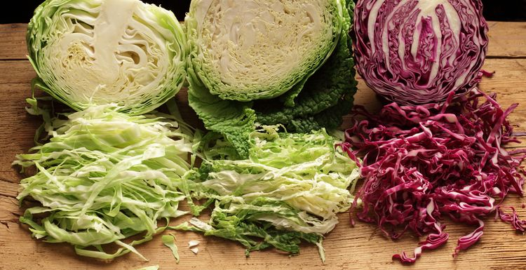 WHY WE SHOULD ALL EAT MORE CABBAGE