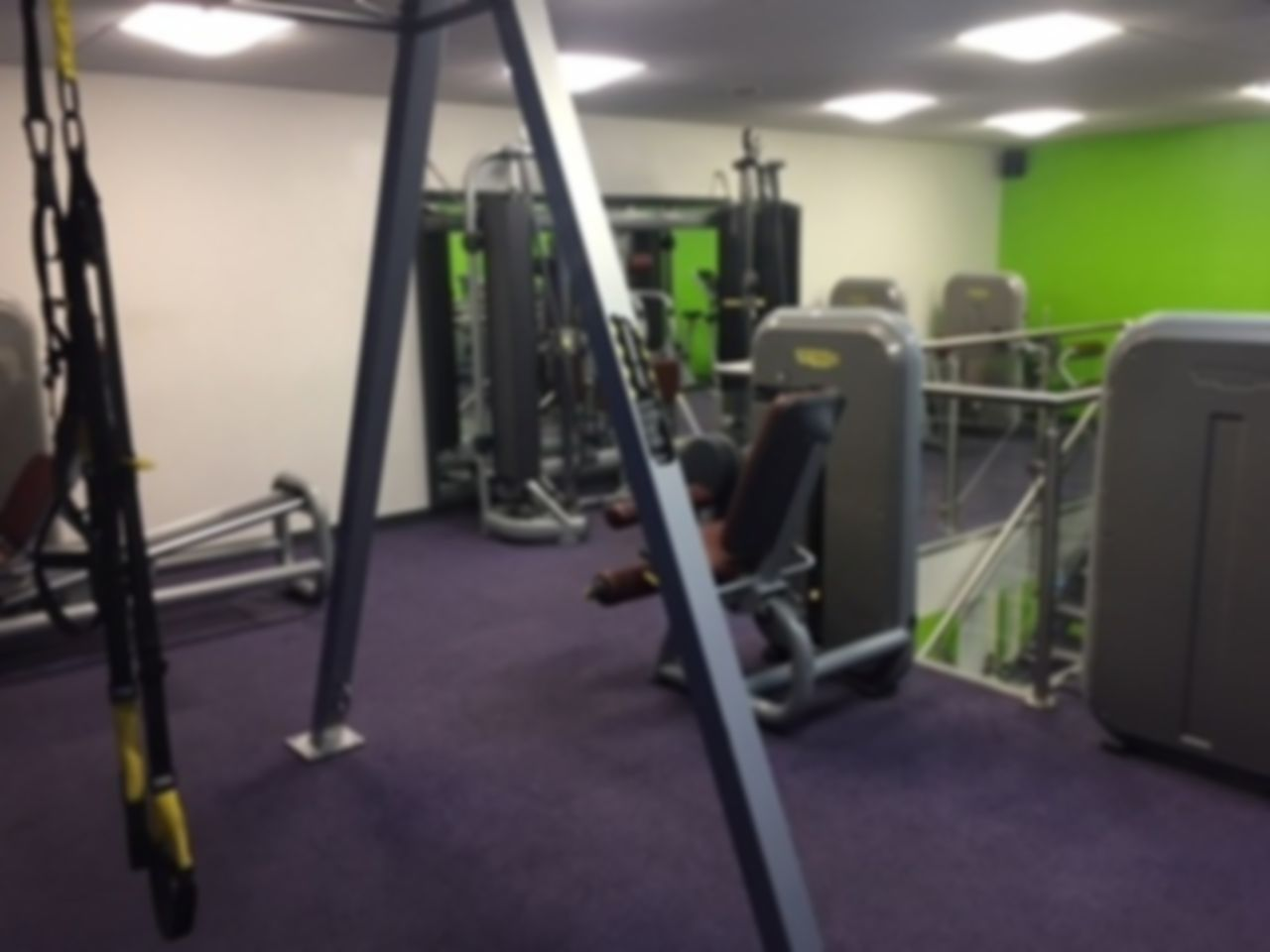 Kingfisher leisure centre flexible gym passes kt1 kingston upon thames for Kingfisher swimming pool prices