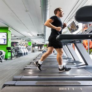 Archway leisure centre flexible gym passes n19 london - Swimming pool highbury and islington ...