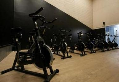 SPINNING STUDIO AT VIDA HEALTH AND FITNESS OXFORD
