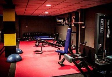 Shinny's Gym Image 1 of 7
