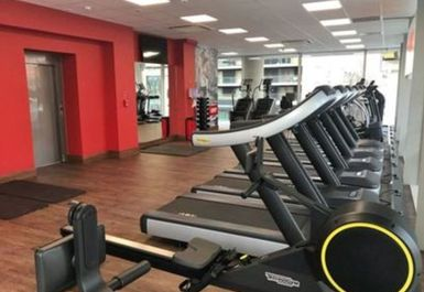 Snap Fitness Canary Wharf Image 2 of 10
