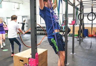 KEPT Fit Image 2 of 4