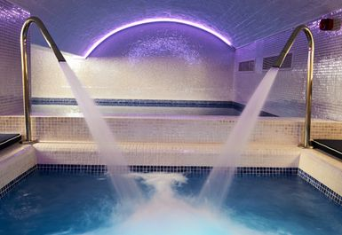 BRISTOL HARBOUR SPA Image 6 of 8