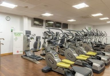 Gurnell Leisure Centre Image 4 of 7
