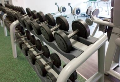 FREE WEIGHTS AT LEYTON LEISURE CENTRE LONDON