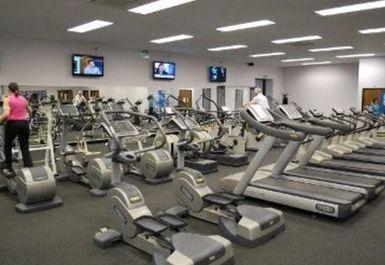 Gym and Tonic Image 1 of 5