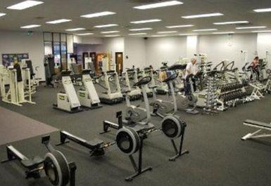 Gym and Tonic Image 2 of 5
