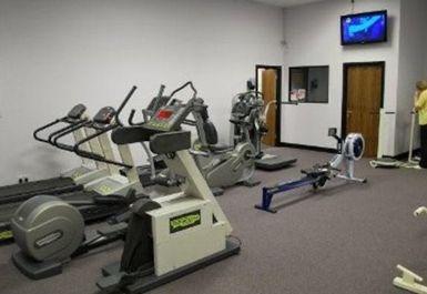 Gym and Tonic Image 3 of 5