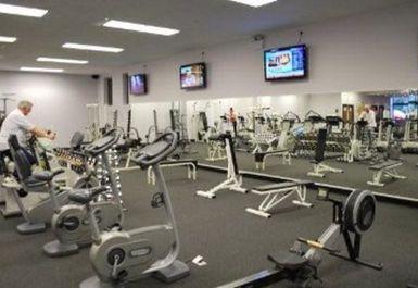 Gym and Tonic Image 4 of 5