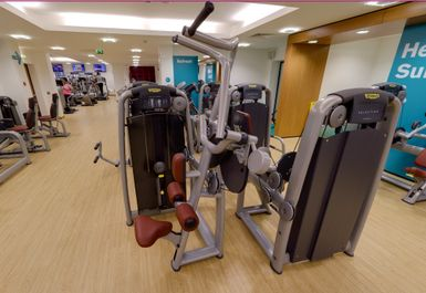 Clifton Leisure Centre Image 3 of 10