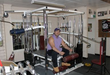GYM EQUIPMENT AT DARTFORD GYM KENT