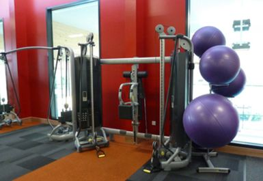 Horley Leisure Centre Image 5 of 6