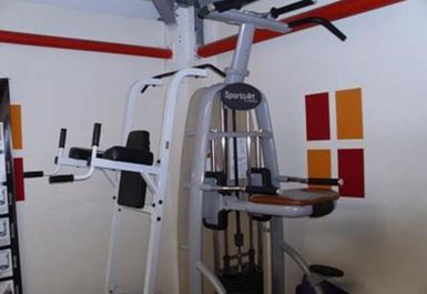 Universal Fitness Centre Image 3 of 6