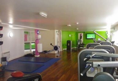 main gym area at Fit4less by Energie Dundee Town