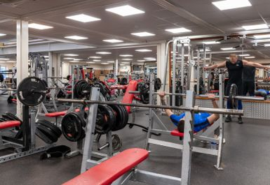 crayford weights and fitness london da1  hussle