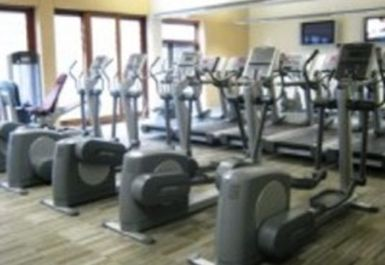 Oakgrove Leisure Centre Image 4 of 4
