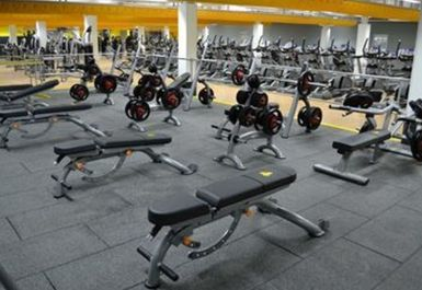 WEIGHTS AREA AT XERCISE4LESS STOCKTON NORTH