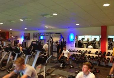 WEIGHTS AREA AT ACTIVE4LESS BURNHAM
