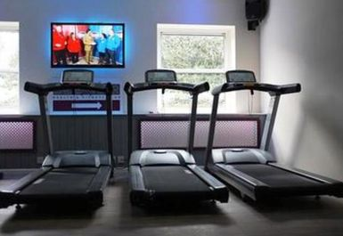 treadmills at Endeavour Health & Fitness Ware