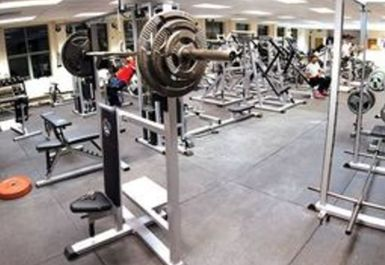 MAIN GYM AREA AT PEAK PHYSIQUE GYM HITCHIN