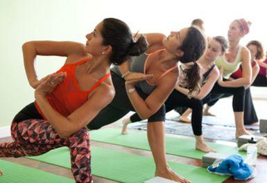 Lumi Power Yoga Image 1 of 6