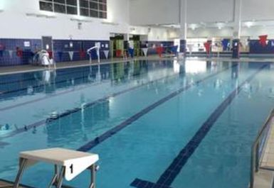 Ynysawdre Swimming Pool and Leisure Centre Image 3 of 3