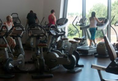 Becontree Heath Leisure Centre Image 2 of 2