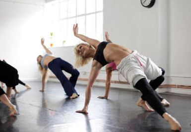 MD Cheerleading & Dance - West Side School Image 2 of 5
