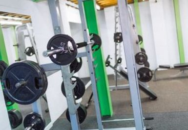 Peak Health & Fitness Gym Image 2 of 8