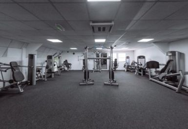 Peak Health & Fitness Gym Image 4 of 8