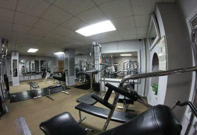 JRs Olympia Health & Fitness Studios Image 10 of 10