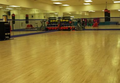 studio at topnotch health club brentford