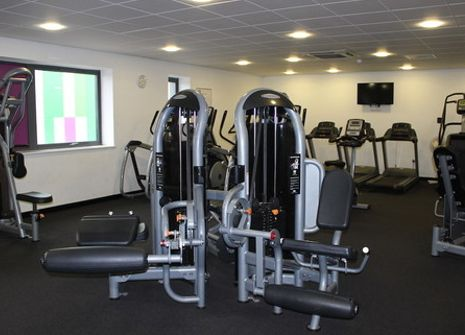 Bilton School Gym picture