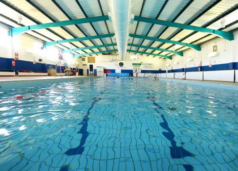 Totnes Leisure Centre picture