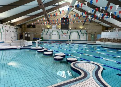 Meadowlands Leisure Pool picture