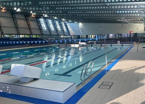 Leys Pools and Leisure Centre picture
