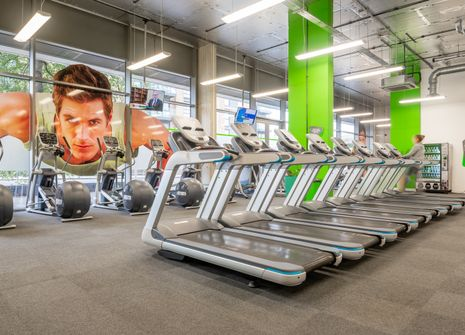 Energie Fitness Brentford picture
