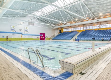 Grantham Meres Leisure Centre picture