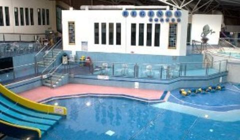 Waves water fun centre flexible gym passes bb2 blackburn - Blackburn swimming pool opening times ...