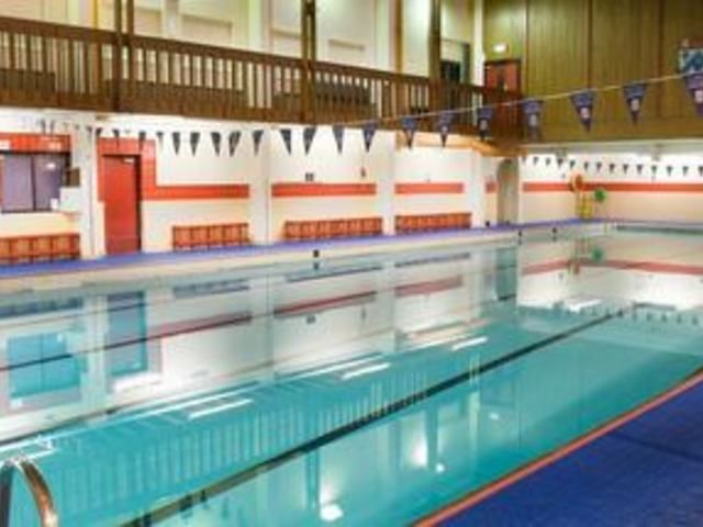 Clifton college sports centre bristol bs8 3ez passes membersh for Bristol university swimming pool opening times